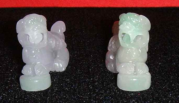 Unqiue light-purple pair of jade lions